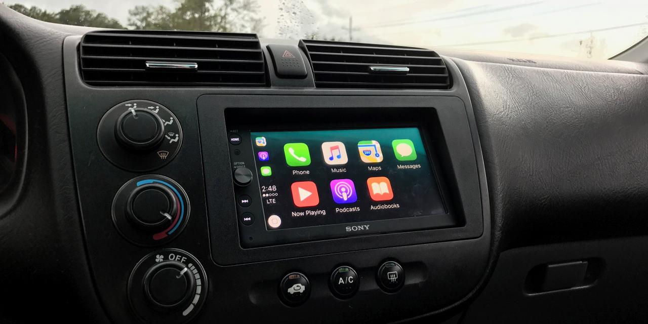 Sony XAV-AX100 is the company's first aftermarket receiver that works with Apple CarPlay. Priced competitively at $499, XAV-AX100 features a 6.4-inch ...